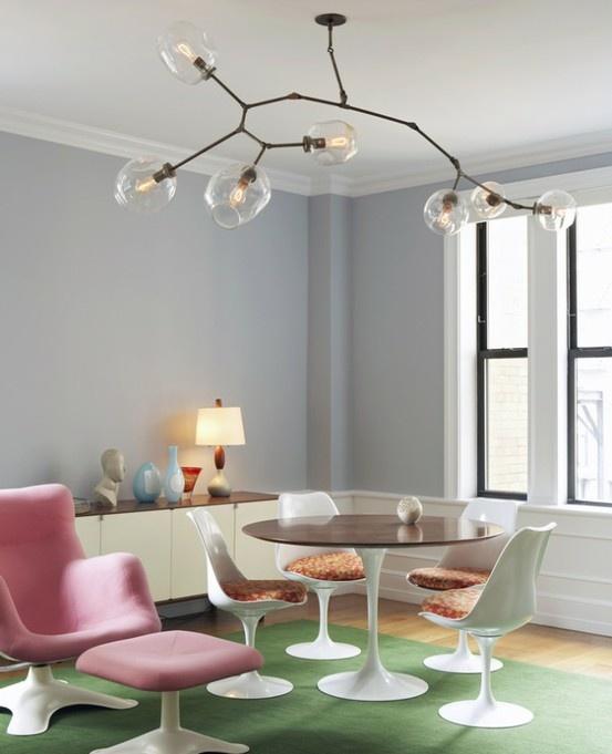 Pink Karuselli chair & Saarinen set