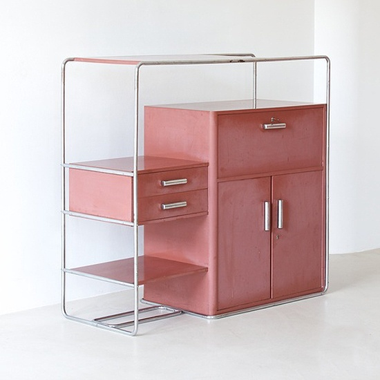 Bauhaus in pink