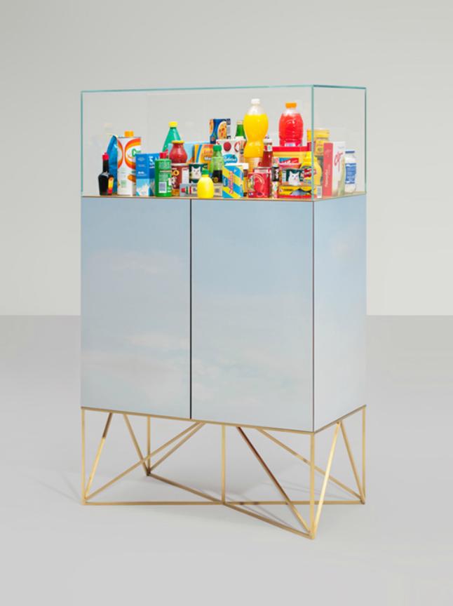 Play & display by Memphis Milano