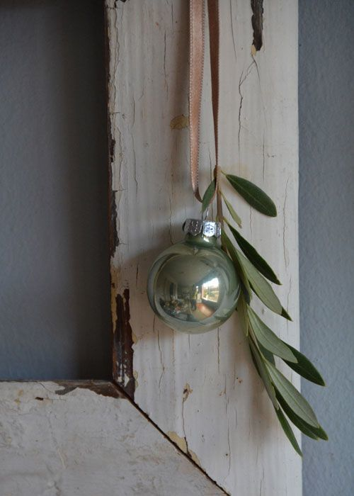 Add natural elements to your ornaments