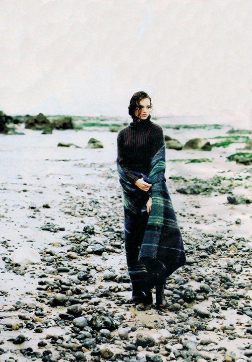 """""""Il Y A Du Mohair Dans L'air!"""", ELLE France, October 1994     Photographer: Friedmann Hauss"""