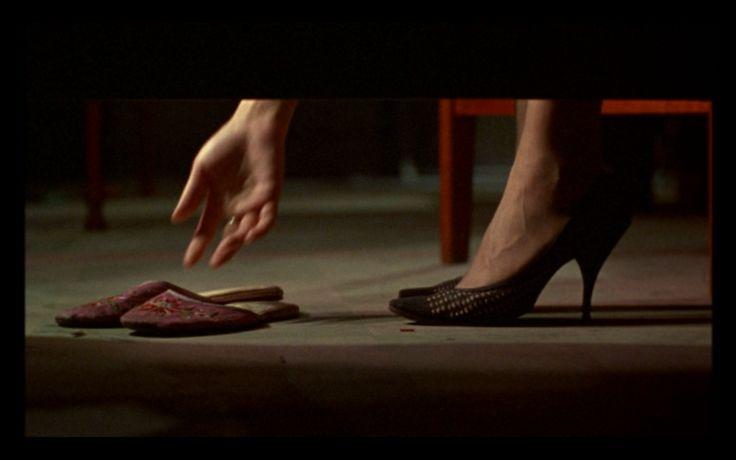 http://easttwinwesttwin.files.wordpress.com/2011/05/mood-slippers.png