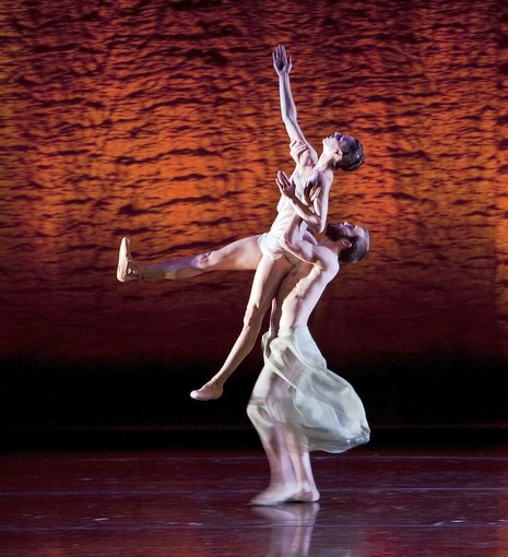 """Scheherazade""  Dancers David Harvey and Kara Wilkes perform in ""Scheherazade"" with the Alonzo King Lines Ballet.   ( Gina Ferazzi, Los Angeles Times  /June 21, 2013)"