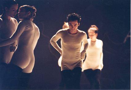Mario Zambrabo in Ohad Naharin's  VIRUS