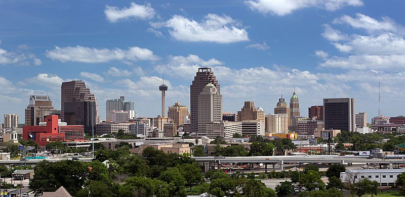 2010 san antonio day skyline-001_std.jpg