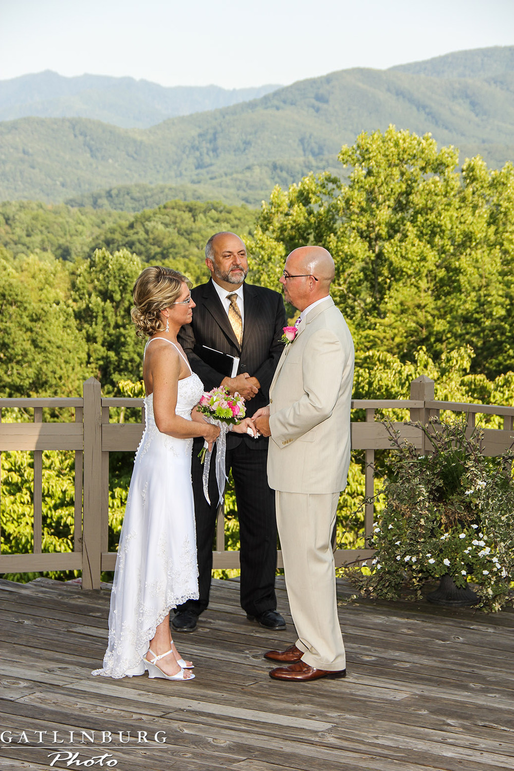 kevin-barbara-gatlinburg-wedding-ceremony.jpg