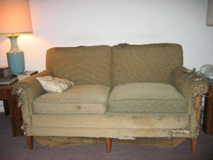 Ugly_Couch_1