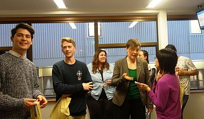 Students with Dr. Anna Bauer photo:Astrid Wolter