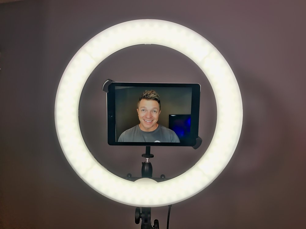 Ring Light with 9.7 inch iPad