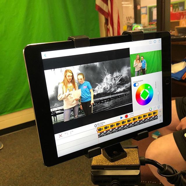 Thank you @ndmslibrarian for showing us these awesome behind the scenes photos of your newscast! #GreenScreen #DoInk