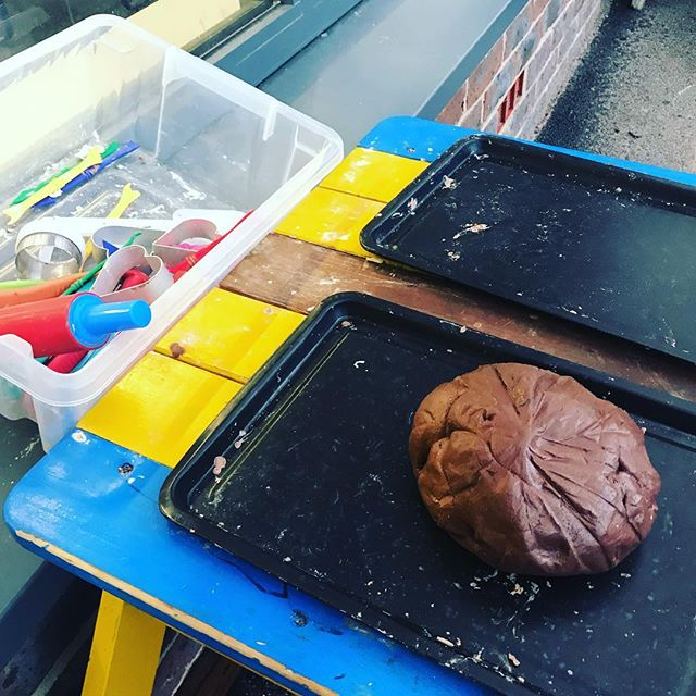Coco powder playdough 💕 . . . . . . . . #earlyyears #earlyyearsideas #earlyyearsteacher #preschool #learningisfun #learnthroughplay #playbasedlearning #teachersofinstagram #teachersfollowteachers #playingislearning #letthembechildren #playmatters #allaboutearlyyears #eyfs #discover #explore #investigate #earlyyearsactivities #play #teacher #nqt #playdough #playdoughplay #cocopowder #finemotor
