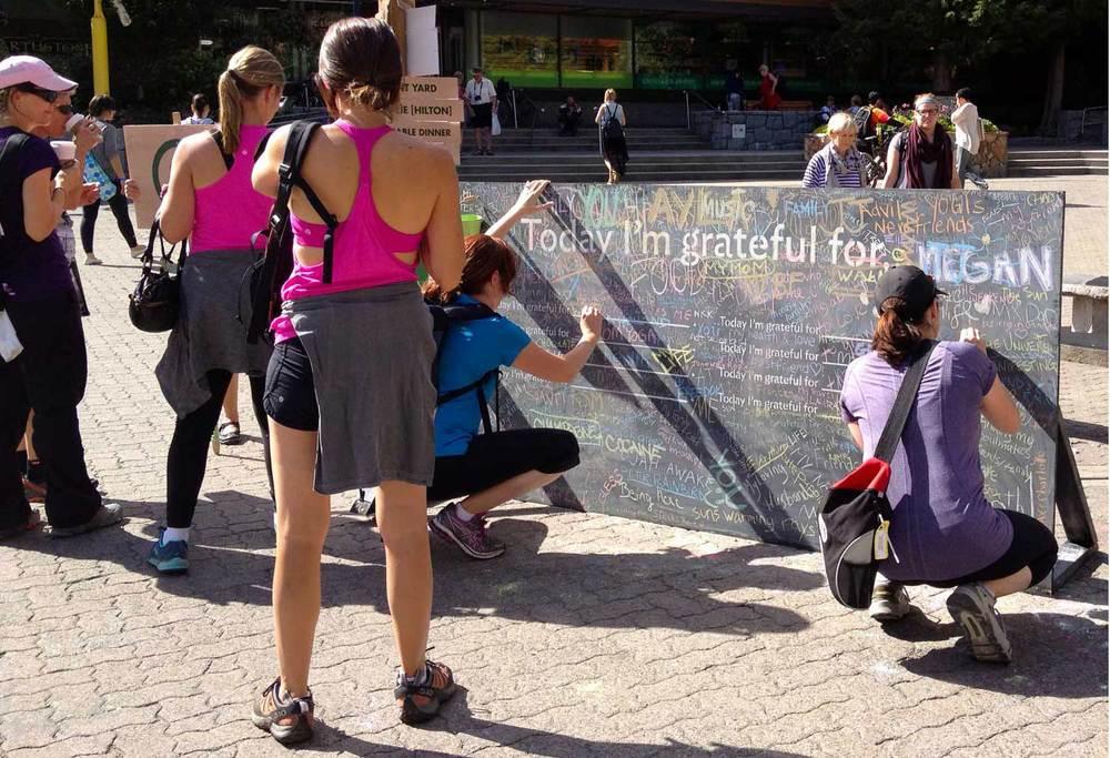 gratitude-wall_12.jpg