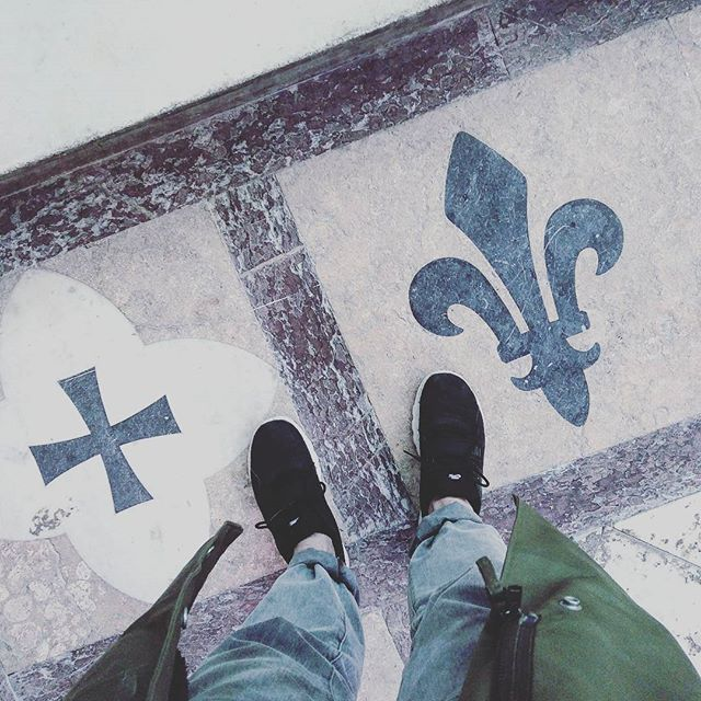 #cathedral #pavement #nike #trainerendor