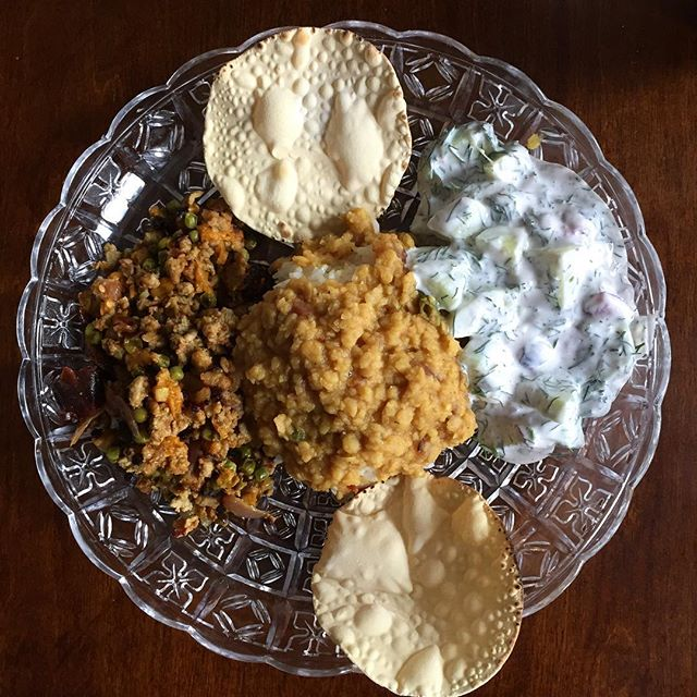 👋 khaana classix on aunty plates 🤚 • apricot keema 🎉 • 🍒 cherry 2 my dill raita 🌿 🍦 • jasmine's daal se daal mila • papadum 👁 😝🔮