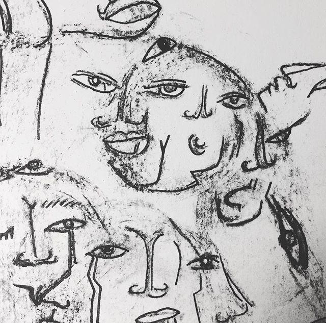 little faces float by 🤔 🔬📿🔮🔍🔎✏️