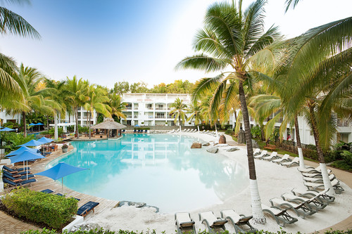 Peppers Beach Club _ Spa - Pool.jpg
