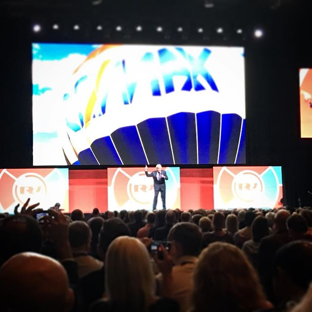 #remaxr4 opening session with Jay Leno!