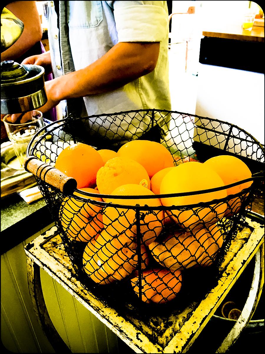 Port Costa citrus ©2017 Lisa Berman
