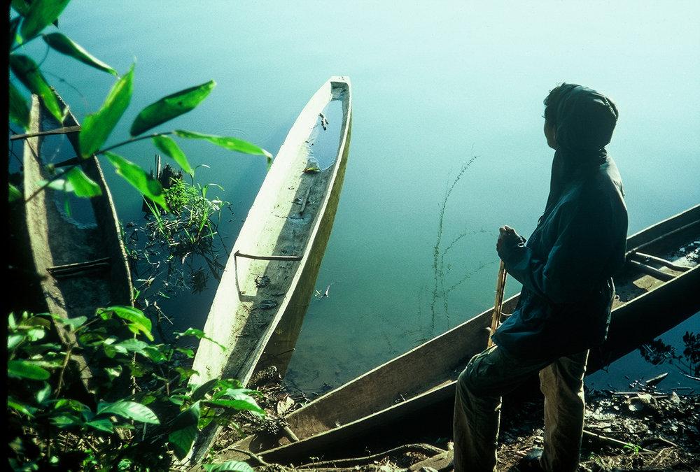 Canoes_Manu-1987_LBerman.jpg