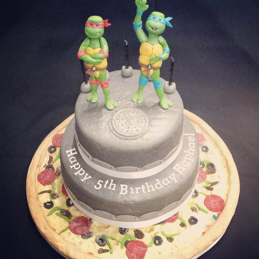 2 Tier Turtle and Pizza Cake
