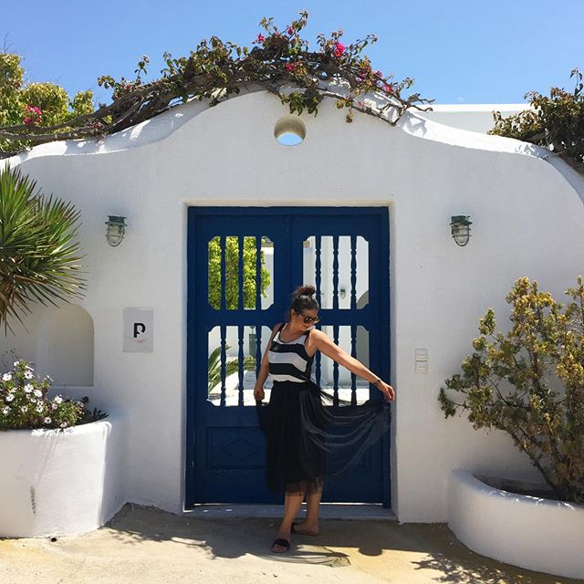 Thanks Mykonos, you've been amazing... Until the next time! #dontwanttogo #mykonos #island #greece #lovethisplace #whiteandblue #whitewashedhouses #door #flowers #lifestyle #travel #travelphotography #nofilter #perfectsetting #instadaily #instaphoto #ianaluxurytravel
