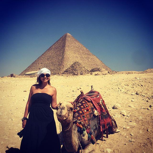 Giza 🐪🐪🐪 #Cairo #pyramidsofgiza #pyramids #egypt #camel #lovemyjob