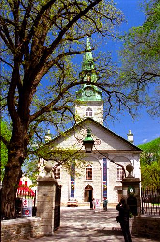 Holy_Trinity_Quebec_City.jpg