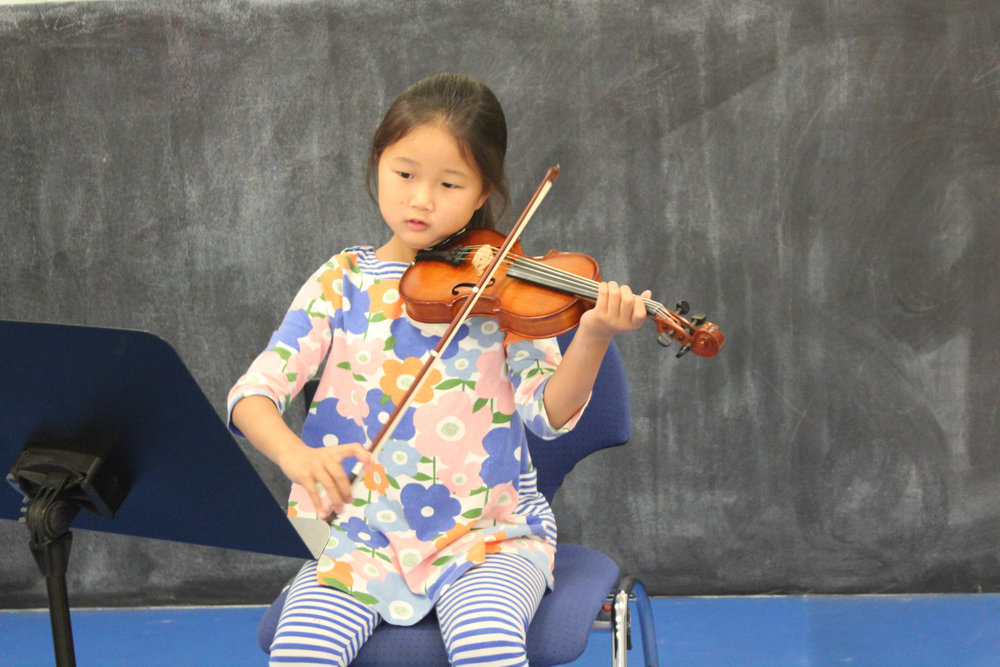 violin_performer.jpg