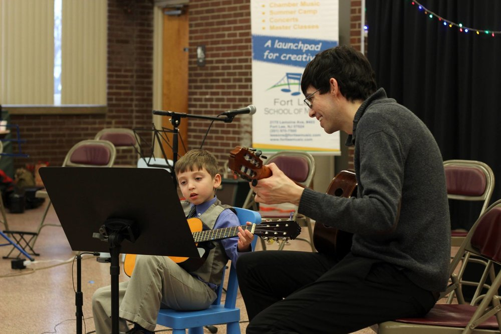 winter_recital_guitar_duo.jpg