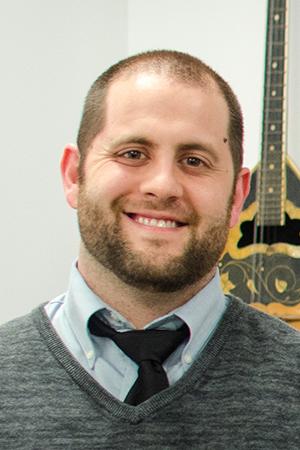 Matthew Pidi, guitar