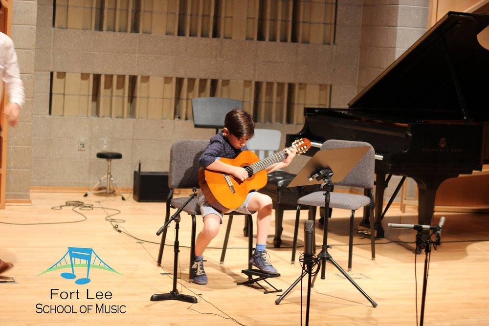 guitar-lessons-edgewater.jpg