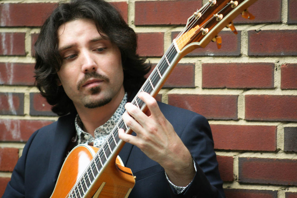 Philip Weberndörfer, guitar