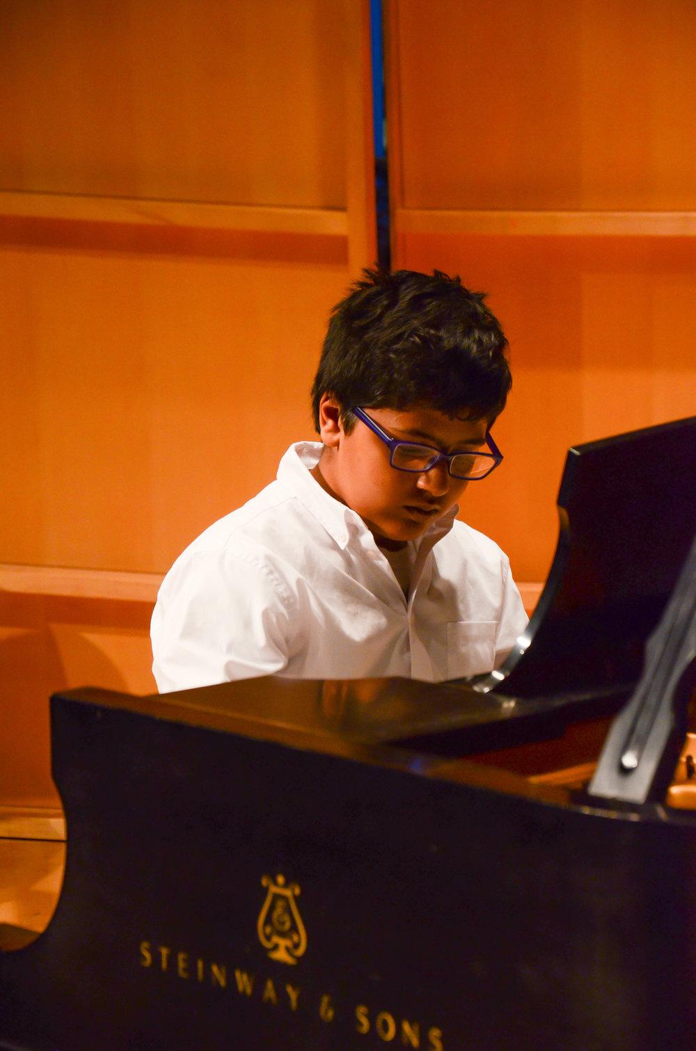 piano-32.jpg
