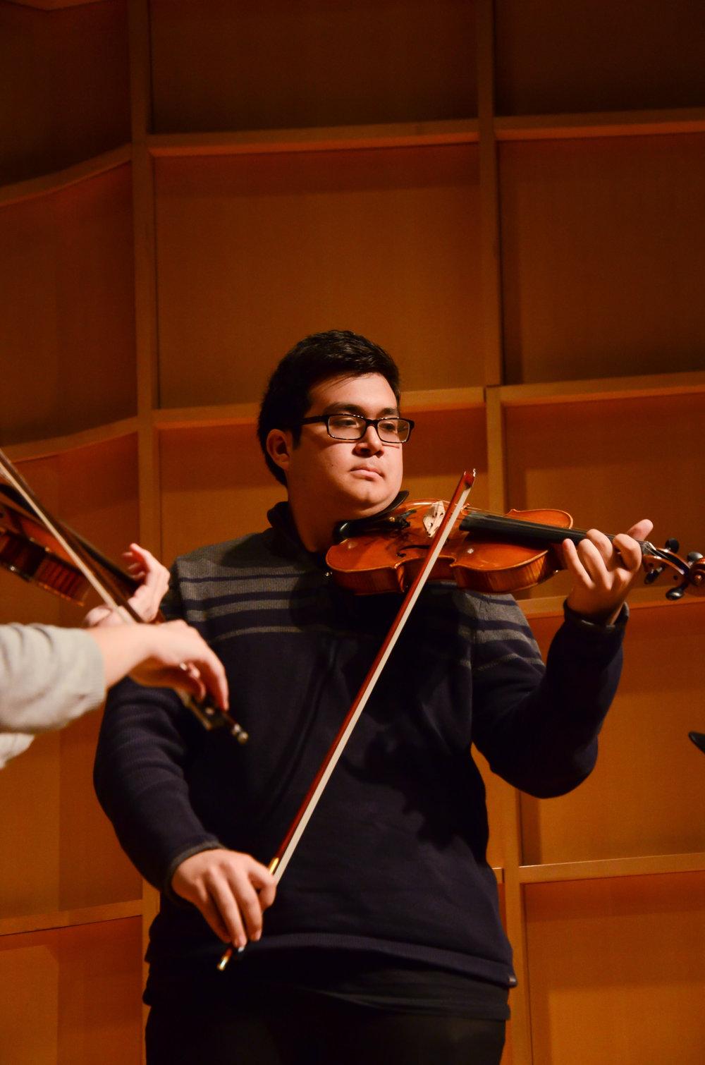 violin-teachers-in-fort-lee.jpg