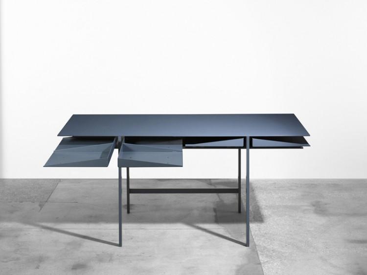 1-folia-desk-by-leon-ransmeier.jpg