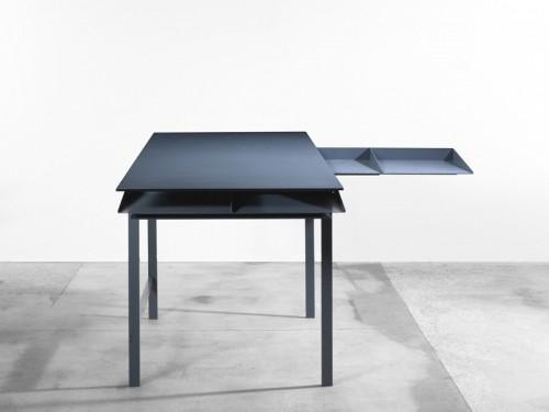 4-folia-desk-by-leon-ransmeier.jpg