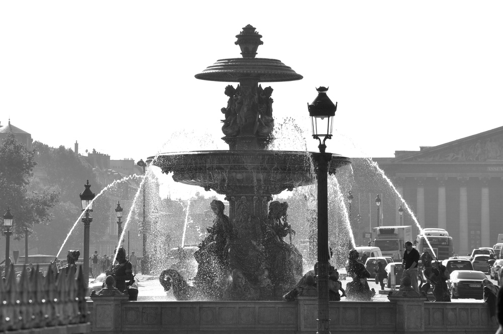 Paris Fountain.jpg