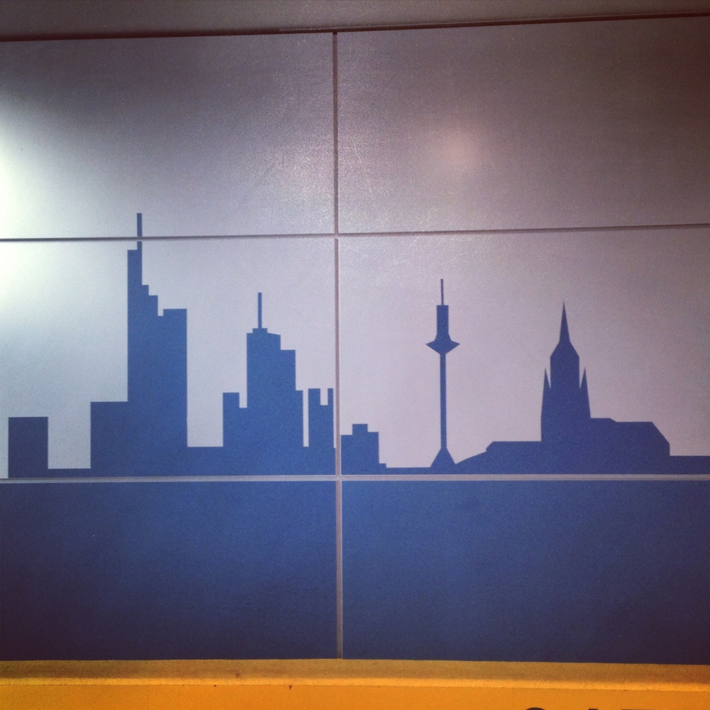 HOWEHAUS FRANKFURT CITY SKYLINE