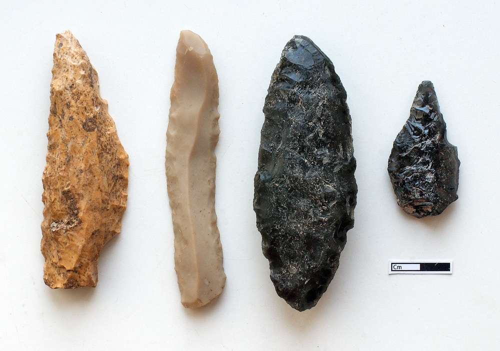 Worked flint and obsidian, Çatalhöyük, Turkey.