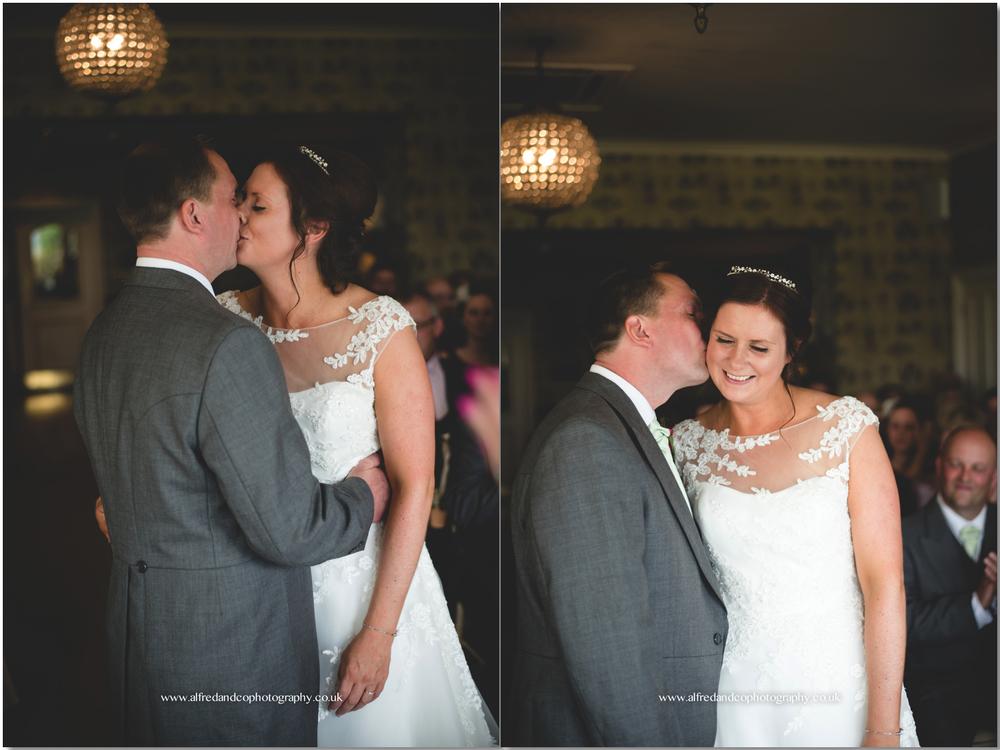 Shireburn Arms Wedding 10.jpg