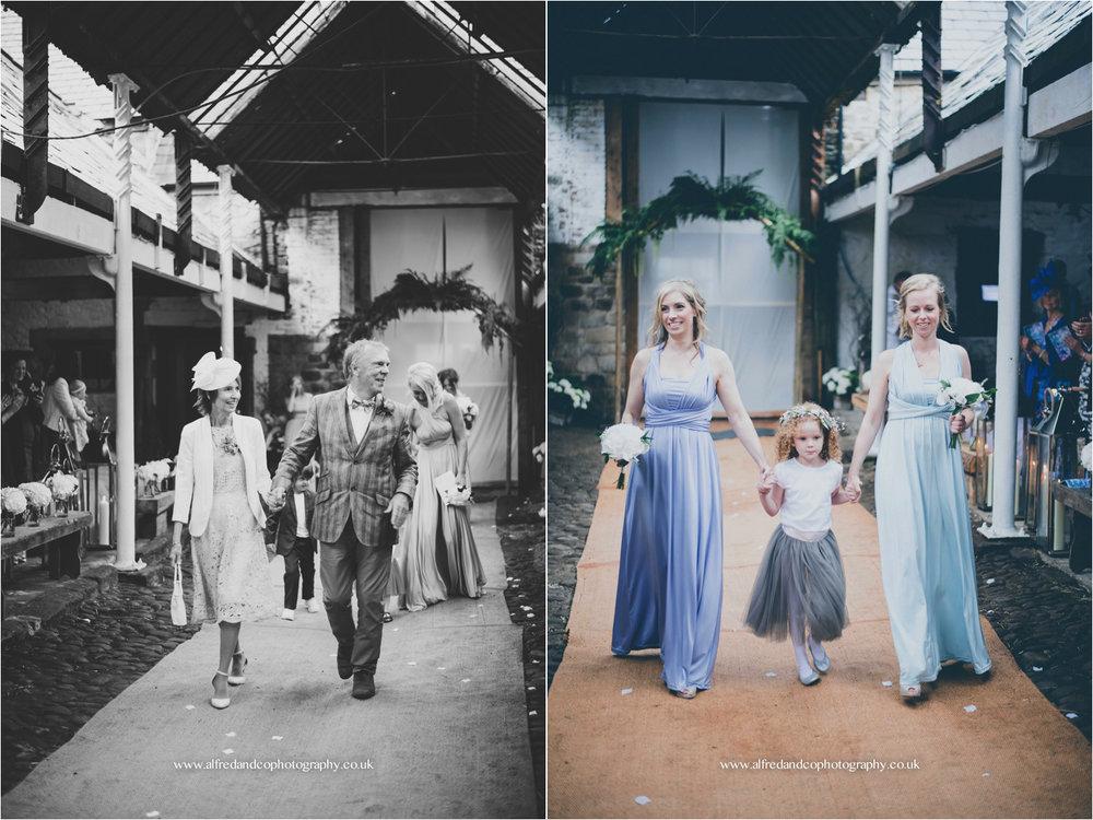 Teepee Wedding 23.jpg