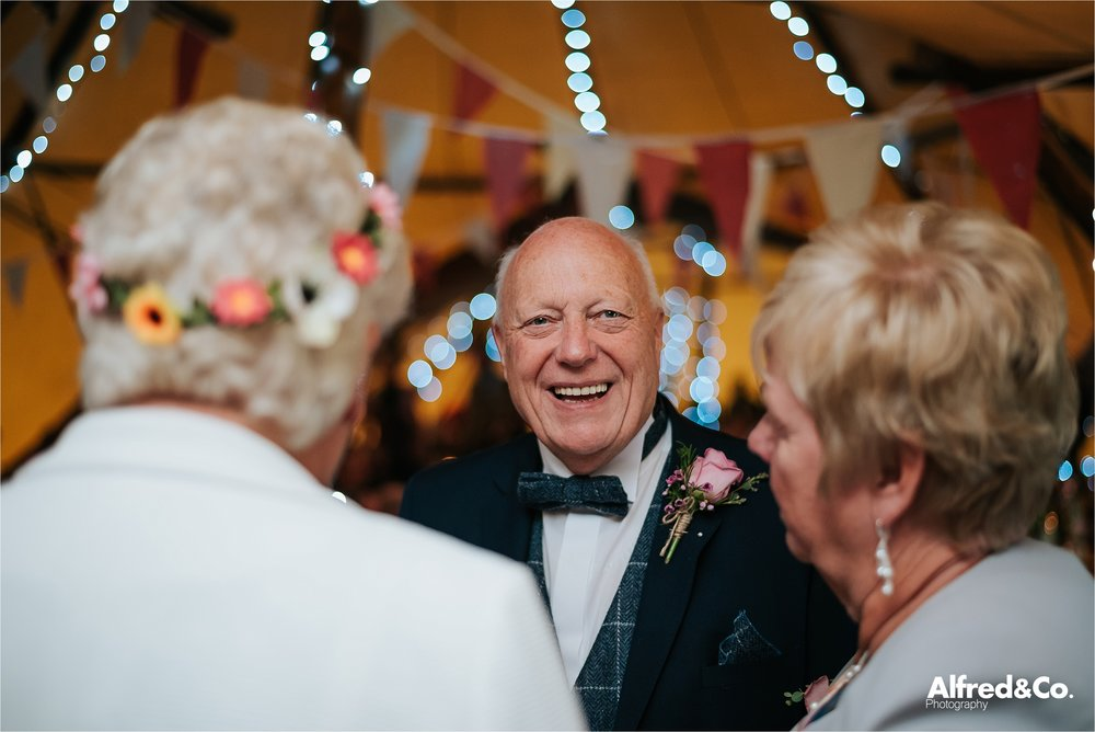 tipi+wedding+lancashire+photographer+rochdale48.jpg