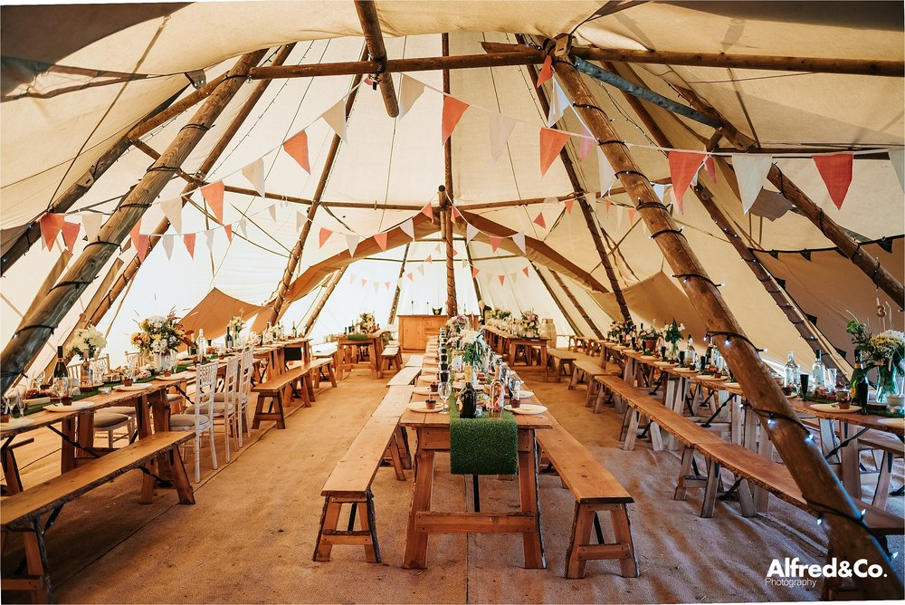 tipi+wedding+lancashire+photographer+rochdale47.jpg