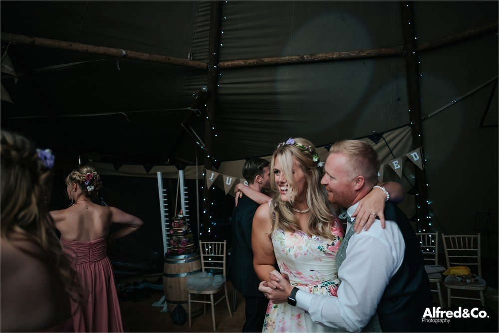 tipi+wedding+lancashire+photographer+rochdale96.jpg