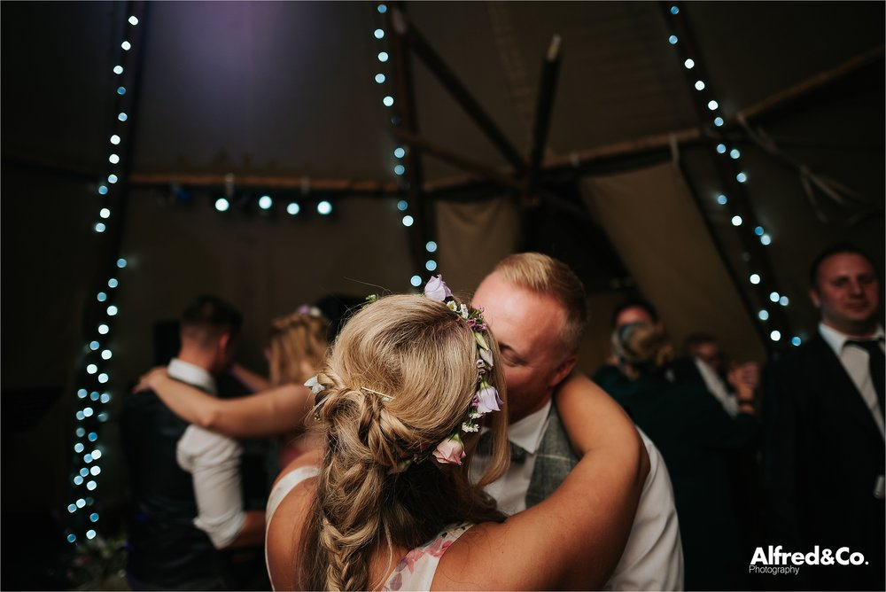tipi+wedding+lancashire+photographer+rochdale97.jpg