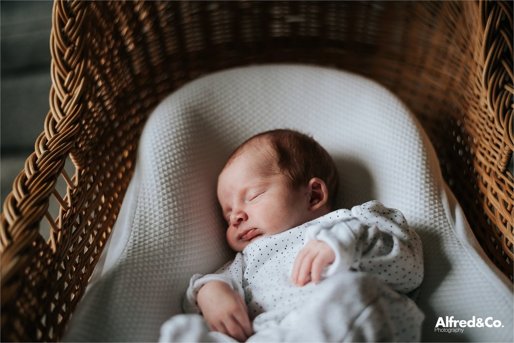 newborn+photographer+lifestyle+relaxed+clitheroe+editorial2.jpg