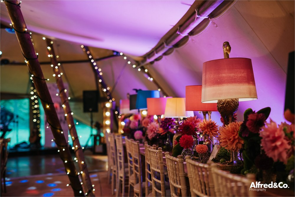 tipi+wedding+dorfoldhall+bigchieftipis+cheshire+lancashire+wedding+photographer+relaxed34.jpg