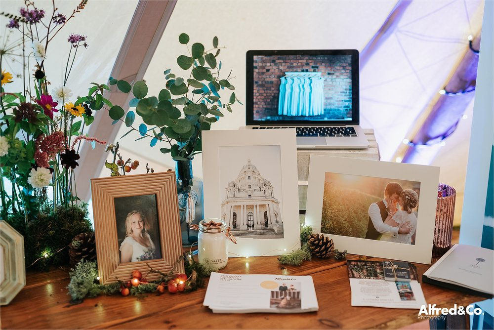 tipi+wedding+dorfoldhall+bigchieftipis+cheshire+lancashire+wedding+photographer+relaxed46.jpg