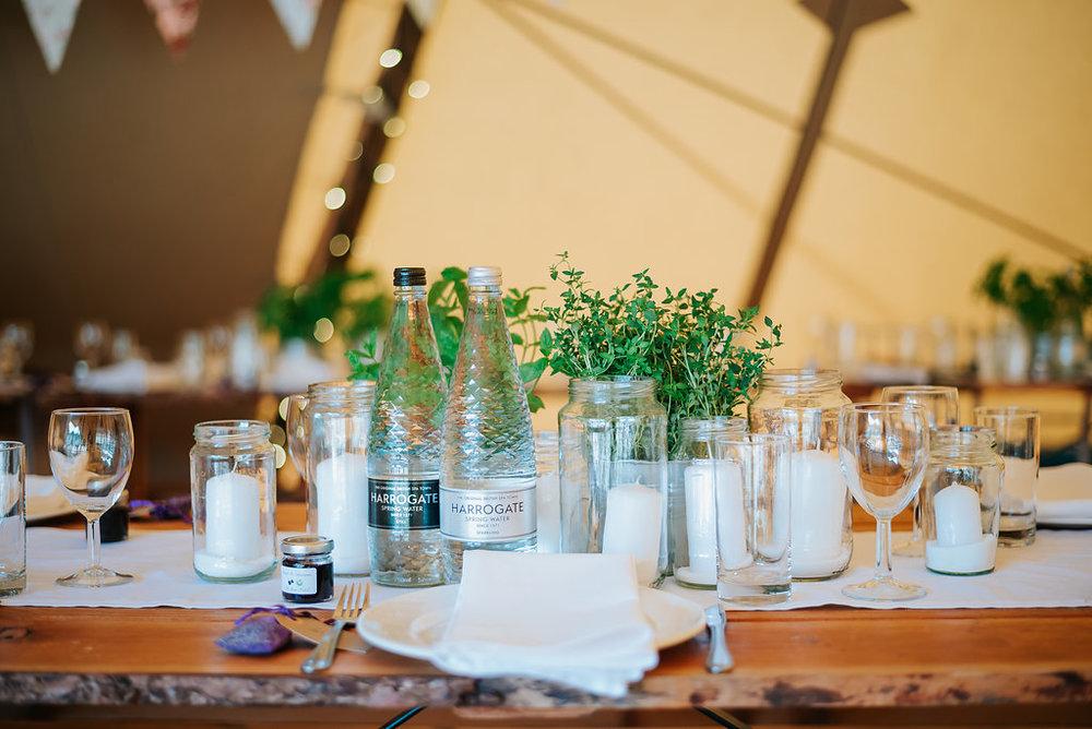 clean fresh wedding decoration