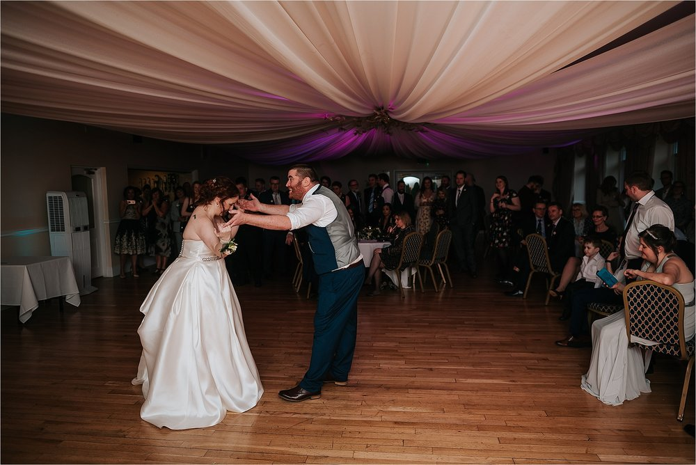 GRANGE_WEDDING_photographer_LANCASHIRE_0190.jpg